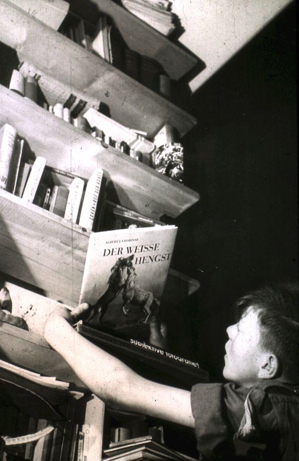 1956 (30)